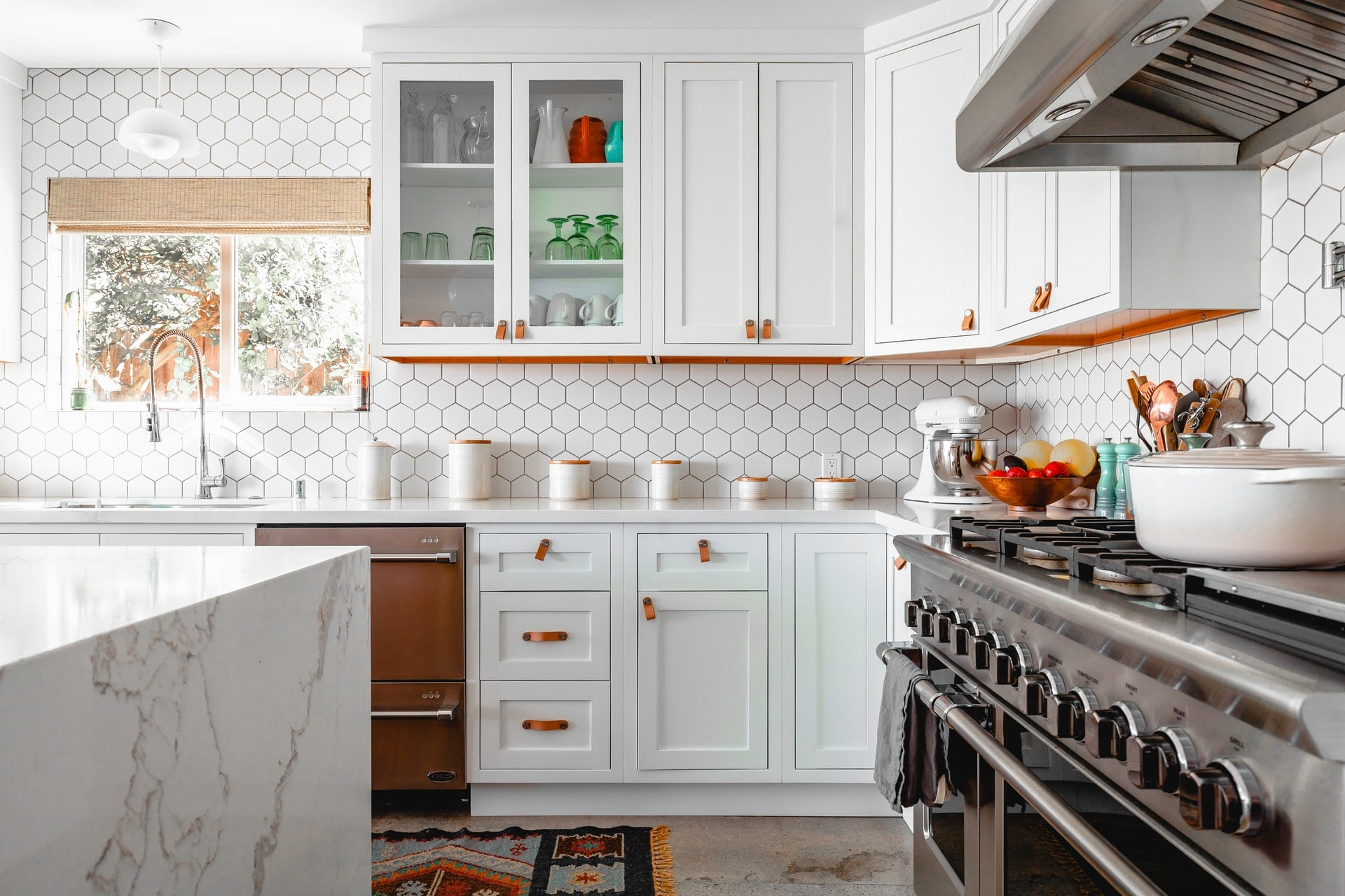 Choosing The Perfect Kitchen Cabinets – Here's How